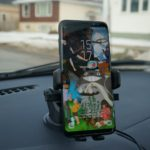 5 Best Car Mounts For Galaxy S9 / S9 Plus